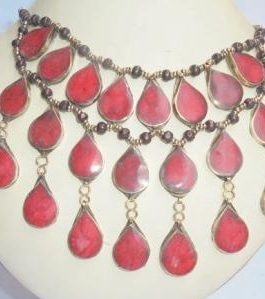 3 lines Coral Necklace