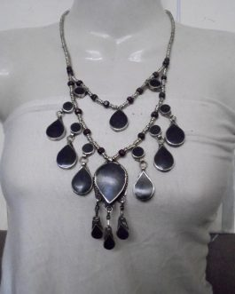 2 Lines Black Vintage Necklace