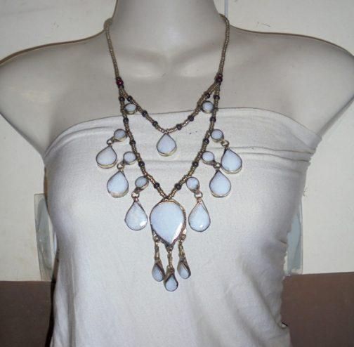 2 Lines White Vintage Necklace