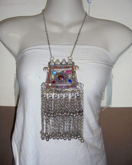 Vintage Pendant Necklace-02