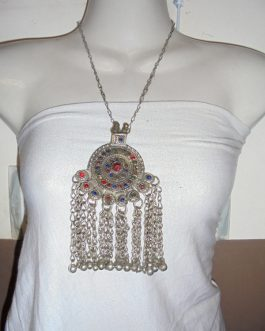 Vintage Pendant Necklace-03