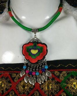 Chokar of Green & Red Cord With Pendant-1