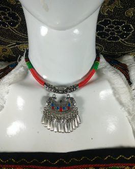 Chokar of Green & Red Cord With Pendant-8
