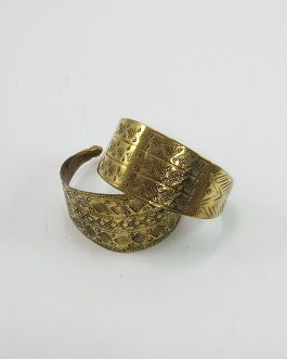 Golden Colour Slim Shape Bracelet