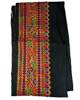 Sindhi Neckline with 3 Mtr Lace